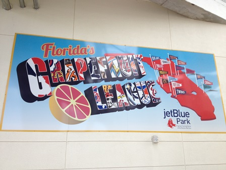 And just in case you didn't know where all the Grapefruit League teams were from...alas! A cool citrus(y) sign.