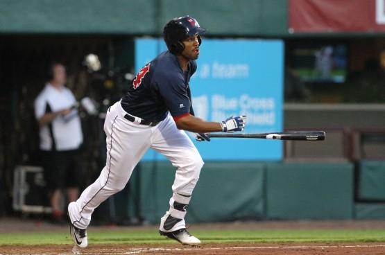 Henry Ramos swinging