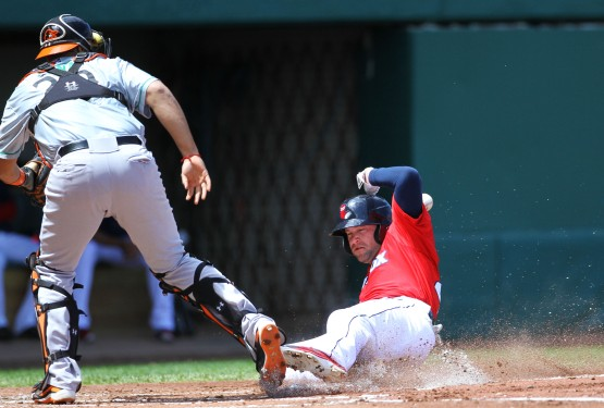 Bryce Brentz slides home